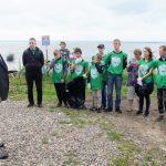 В Ростовском районе прошел первый субботник в рамках волонтерского движения «Экодесант»